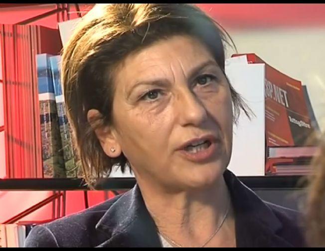 """Lotta alla mafia, premiata Tina Montinaro: """"Non ci hanno fermato, sono vigliacchi"""""""